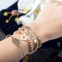 alten charme perlen großhandel-Emanco Stilvolle Einfache Hohle Ovale Herz Armbänder Multilayer Charms Armbänder Armreifen Für Frauen Perlen Alte Marke Schmuck Weihnachtsgeschenk