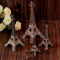 Wholesale paris souvenirs - 3D Paris Eiffel Tower Keychain Pendant Metal Keyring Souvenir Key Buckle Fashion Novelty Gadget Trinket Gift French Style 3 Size AAA50