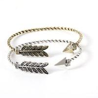 pfeil armband unisex großhandel-Punk Bronze Twisted Arrow Feather Eröffnung Armreif Fashion Unisex verstellbare offene Armbänder Schmuck Geschenke
