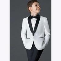 erkekler için beyaz ceket smokesi toptan satış-2018 skim boys düğün için takımları Çocuk Takım Elbise smokin yeni Siyah / Beyaz Çocuk Düğün Balo Suits erkekler için (ceket + Pantolon)