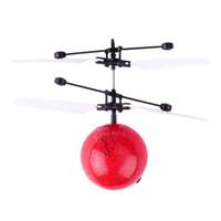vuelo dirigido al por mayor-Flying Ball Luminoso Kid's Flight Balls Electronic Infrarrojos Inducción LED Luz Mini Helicóptero juguetes para niños
