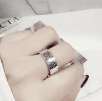 reine silberne schmucksachen für männer großhandel-Ag925 reines Silber Top-Qualität Paris Design Ring mit Linie schmücken Stempel Logo Charme Frauen und Mann Hochzeit Schmuck Geschenk PS5425