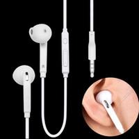 fones de ouvido brancos de maçã venda por atacado-S6 Fones De Ouvido Fones De Ouvido de Alta Qualidade 3.5mm Em Ear fone de ouvido fones de ouvido Com Controle de Volume de Microfone Preto Branco EO-EG920LW