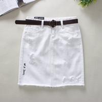 jeans acima da cintura venda por atacado-2018 Summer White Jeans Saias Womens Carta Padrão Hole Lápis Saias Borda Do Cabelo de Cintura Alta Acima Do Joelho Mini Denim 2336
