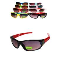 ingrosso occhiali da sole per bambini uv-Cartoon bambini sport Occhiali da sole da sci equitazione Occhiali da sole per bambini antivento UV vetro sole decorazione esterna occhiali da sole 8 colori YYA1227