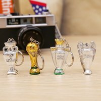 Wholesale gloves drawing - 2018 Russia FIFA World Cup Keychain Trophy Shape Resin Key Buckle Anti Wear Mini Keys Ring Glod Silver 3 2hy XB