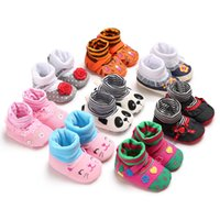 sıcak ayakkabılar hayvan bebeği toptan satış-2018 Bebek çocuk karikatür hayvan İlk Walkers Bebek yumuşak alt Ayakkabı Çorap Cadılar Bayramı Noel Kış Sıcak Toddler ayakkabı 8 renkler C5096