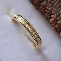 ingrosso piccole pietre di pavimentazione-Gioielli in argento sterling Colore oro giallo Piccola principessa Cut Stones Micro pavimentato diamanti sintetici Anello da sposa femminile