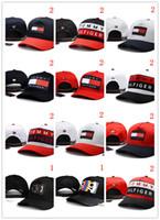Wholesale Golf Caps - 2018 classic Golf Curved Visor hats Los Angeles Kings Vintage Snapback cap Men's Sport last LK dad hat high quality Baseball Adjustable Caps