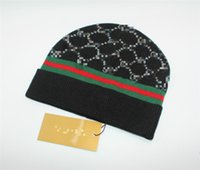 Wholesale woolen ball - Knit woolen hat Winter Warmth Hats for Men and Women Sports Pom Knit Beanies Caps