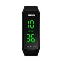 montres électroniques amant achat en gros de-wengle New SKMEI mode Simple Student montre électronique Lovers Calendar mouvement numérique lumineux Silica gel Watch