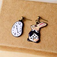 кроличьи часы оптовых-Эмаль часы Кролик серьги симпатичные для девочек Алиса в Стране чудес фильм ювелирные изделия сказка рисунок друзья подарки
