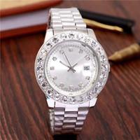 ingrosso decorazione di affari-Decorazione di lusso 3 piccoli diamanti relogio masculino donne simulazione orologio sportivo mostra la data dell'orologio da uomo da donna al quarzo business