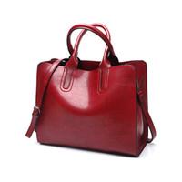 fe65e0e811 Mesdames huile cire sac à main en cuir pour les femmes célèbre marque tronc  sacs à main de luxe designer femme casual fourre-tout grand voyage sac à ...