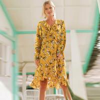 vestido de otoño amarillo niña al por mayor-Mujeres Bohemia Floral Beach Dresses 2018 Nueva caída asimétrica de cintura alta Gasa Hot Sale Girl Vocación Boho Reffles Vestido amarillo