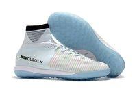 zapatos de fútbol superior al por mayor-2018 Top 100% Original Blanco CR7 Tacos de fútbol Mercurial Superfly V IC / TF Zapatos de fútbol para interiores Cristiano Ronaldo botas de fútbol de calidad superior
