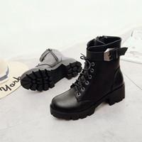 ingrosso scarponi da combattimento nero-2018 New High Heel Thick Sole Stivaletti da combattimento per le donne Platform Lace Up Women Boots Fashion Buckle snow black