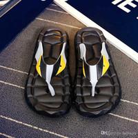 zapatillas para caminar al por mayor-Envío gratuito Flip Flops Sandalias de los hombres zapatos para caminar Casual diapositivas de playa EVA zapatillas de masaje diseñador pisos para hombre verano para hombre zapatos