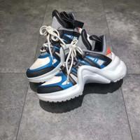 2018 Mode Hauteur Augmentation Archlight Sneakers Chaussures De Piste Femme  Épaisse Plate-forme Creepers Femelle Casual Appartements Tenis Feminino 154a58035e5