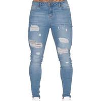 ingrosso i jeans estivi fanno gli uomini-Nuovo 2018 Primavera Estate in cotone angosciato Uomini buco del ginocchio Jeans piedi maschio caviglia adolescenti Mostra sottile nero bianco paio stretto