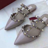 chaussures plates à talons hauts achat en gros de-femmes chaussures à talons hauts luxe concepteur sandales mocassins été chaussures en cuir véritable haute qualité chaussures à rivets plat marques pantoufles 2018