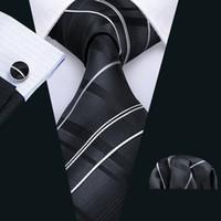 cd53ec0ee6c08 Nouveautés Noir et gris dégradé plaid Mens Cravate Boutons de Manchettes  Boutons de Manchette Soie Business Casual Party Cravate Jacquard Tissé  N-5005