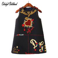 neue design kleinkind kleidung großhandel-Baby-Mädchen-Kleider 2018 Frühlings-neues sleeveless O-Ansatz Kleinkind-Kleid reizendes Herz durch das Herzentwurf Kinderkleidung Y18102007