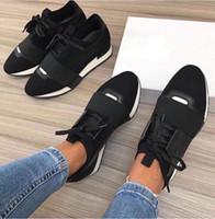 zapatos de punta al por mayor-Moda de lujo Diseñador Zapatillas de deporte Hombre Mujer Zapatos casuales Malla de cuero genuino dedo del pie puntiagudo Race Runner Shoes Outdoor Entrenadores con caja US5-12