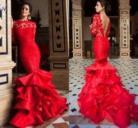 kırmızı uzun boyun balo elbiseleri toptan satış-Yüksek Boyun Saten Dantel Taraklı Kenar V Geri Kırmızı Mermaid Abiye Ruffled Etek Balo elbise Uzun Kollu Ile