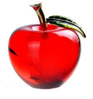rote tischkristalle großhandel-Red Crystal Apple Briefbeschwerer Hübsches Kunsthandwerk ArtCollection Weihnachtsgeschenke Startseite Hochzeitsdekoration Tisch / Auto Ornamente