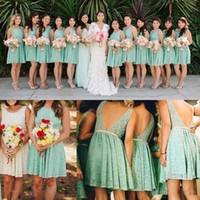 Wholesale low cut lace wedding dresses - Lovely Short Lace Turquoise Bridesmaid Dresses with Champagne Sash Jewel Neck Low Cut Back A Line Knee Length Beach Wedding Guest Dresses