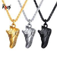 ingrosso collana di resina nera-vendita all'ingrosso scarpe sportive collana pendente gioielli in acciaio inossidabile oro / nero colore scarpe da corsa in resina per gli uomini P3247
