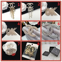 Wholesale face gemstones - TOP!Fashion Brand 14K Gold Silver Brooch Pearl Diamond Corsage Classic Designer Letter Logo Collar Pin Party Wedding Jewelry AAA11