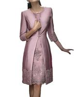 chaquetas de satén al por mayor-Elegante vaina corto de la madre ropa formal con chaqueta de satén de noche del partido de encaje vestido de invitados de la boda 2018 Madre de la novia vestido de vestidos de traje