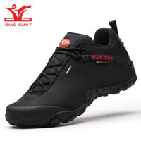 Wholesale boots waterproof for men - Man Waterproof Hiking Shoes for Men Athletic Trekking Boots Black Zapatillas Sports Climbing Shoe Breathable Outdoor Walking Sneakers 2018