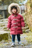 menino branco com capuz venda por atacado-Novas crianças meninos meninas para baixo casaco resina chifre fivela longa jaqueta crianças outwear 90% pena quente inverno hoody dropship