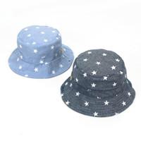 bebek kovası toptan satış-Ideacherry Bebek Yumuşak Pamuk Yaz Şapka Bebek Yenidoğan Kova Şapka Denim Pamuk Yürüyor Çocuk Traktör Kap Erkek Kız Yıldız güneş