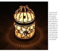 lanternas de gaiola de pássaro venda por atacado-3 Tipos de Metal Branco Titular Tealight Candlestick Oco Pendurado Lanterna Gaiola de Pássaro Do Vintage Forjado Castiçais Novo
