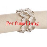décoration de mariage perlé achat en gros de-Bling cristal perlé anneaux de serviette couleur argent titulaire de la serviette de table de fête de mariage décoration Home Hotel Decor
