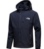 Hot Mens giacche di design di lusso manica lunga giacca a vento windrunner  Uomini Zipper impermeabile giacca faccia a nord con cappuccio cappotti  vestiti b742af549a5d