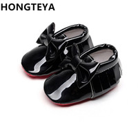 Wholesale leather baby tassel moccasins for sale - Group buy HONGTEYA tassel Patent leather Red bottom soft sole Baby Moccasins baby boys girls Shoes bow tie Infant toddler first walkers