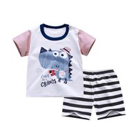ingrosso giacche per neonati-2018 Spring Infant Clothes Sets Baby Boys Vestiti Imposta Cartoon Vest T Shirt + Pants Uomo Bambini Bambini Cotton Suit