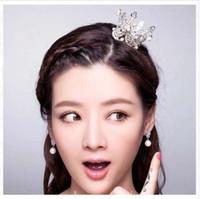 saç taç kıyafeti toptan satış-Klasik Simüle İnciler Gelin Saç Taç Tiara Küçük Kostüm Düğün Saç Takı Kızlar Için