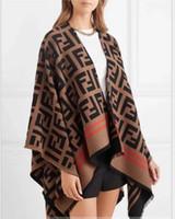 ingrosso nuova moda progettazione-Brand Design all'ingrosso 2018 New Fashion Hign-End Occident Plus sciolto Noble Women Capispalla scialle
