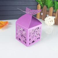 bebek yılbaşı dekorasyonları toptan satış-50 adet lazer kesim kelebek düğün şeker kutusu Noel şeker kutusu düğün parti dekorasyon bebek duş 6ZT5
