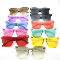 schmetterling geformte brille großhandel-Neue Süßigkeit Farben Randlose Sonnenbrille Schmetterling Form Ein Stück Sonnenbrille Für Frauen Und Männer Mode Schild UV400