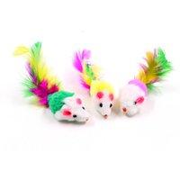 novedad ratones juguetes al por mayor-Novedad Divertida broma Juguete del gato Cómodo Mascotas Jugando Suministros Suave Fleece Colorido Cola de plumas Falso Ratón Gatos Juguetes Moda 0 58 h