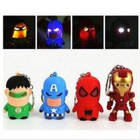 eisen mann führte schlüsselbund groihandel-Freies DHL, führte The Avengers Captain American Anime Superheld Spiderman Batman Iron Man, Thor Eisenmann PVC Schlüsselanhänger 3D 3-4 cm Figuren Schlüsselanhänger