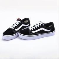 vs kalite toptan satış-Avrupa ve Amerika Birleşik Devletleri vs ayakkabı kanvas ayakkabılar çift siyah ve beyaz şeritler erkekler ve kadınlar için yüksek kalite vulkanize ayakkabı
