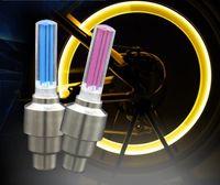 capsules de valve de voiture de nouveauté achat en gros de-Nouveauté Lumières De Roue De Voiture Éclairage De Vélo LED Lampe Flash Roue Lampe De Pneu Valve De Roue Tige De Capuchon Lumière Moto Lampe De Vélo